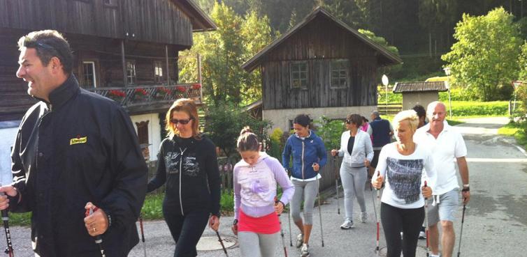Nordic walking in alta pusteria dolomiti for Hotel rainer eggele